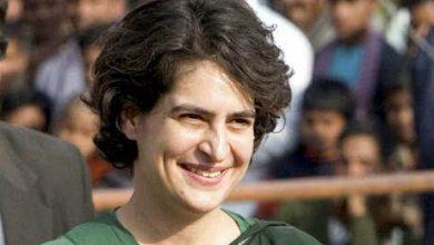 Photo of प्रियंका ने कहा, प्रदेश की सरकार खनन माफिया एवं दूसरे अन्य माफियाओं के लिए चलाई जा रही है