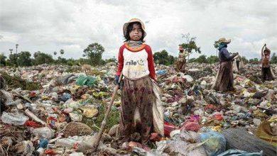 Photo of कूड़े में भविष्य तलाशता बचपन